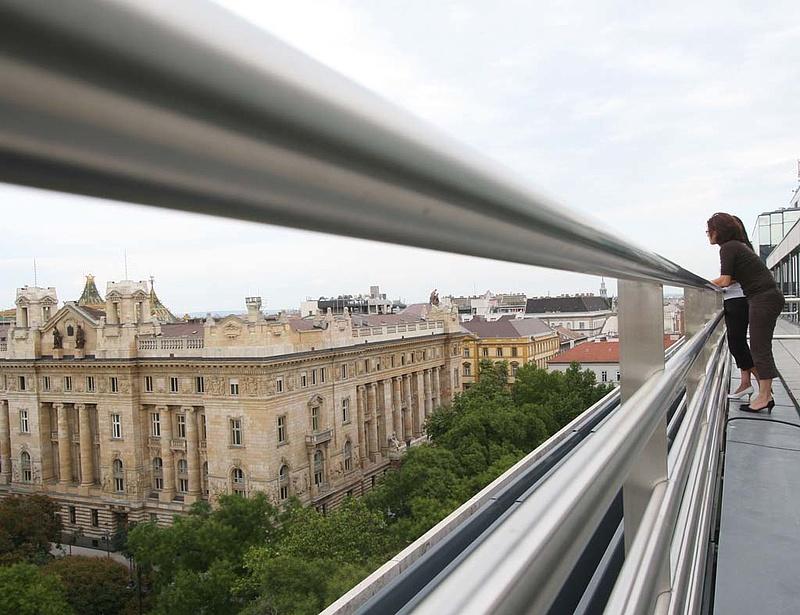 Reuters: a többség tartást vár