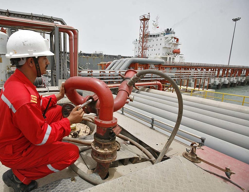 Újabb brutális benzinár-csökkenés jöhet?