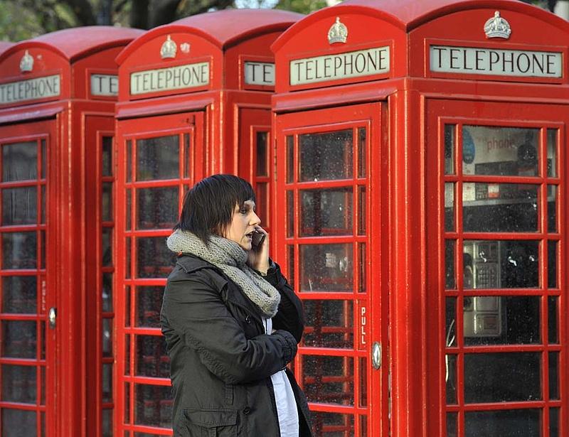 Újra csökkennek a roamingdíjak