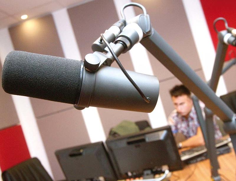 Simicska volt rádiója elveszítheti frekvenciáját