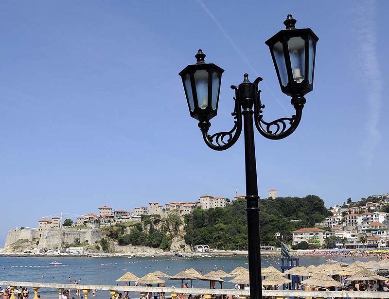Koronavírus: nyitás az Adria egyik partján, mehetnek a turisták