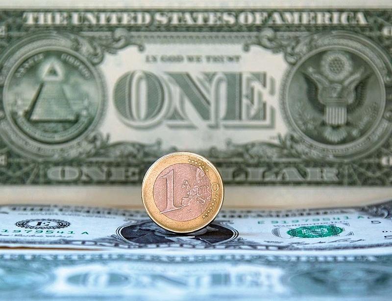 Kihúzták a sámlit az euró alól - mi lesz a forinttal?