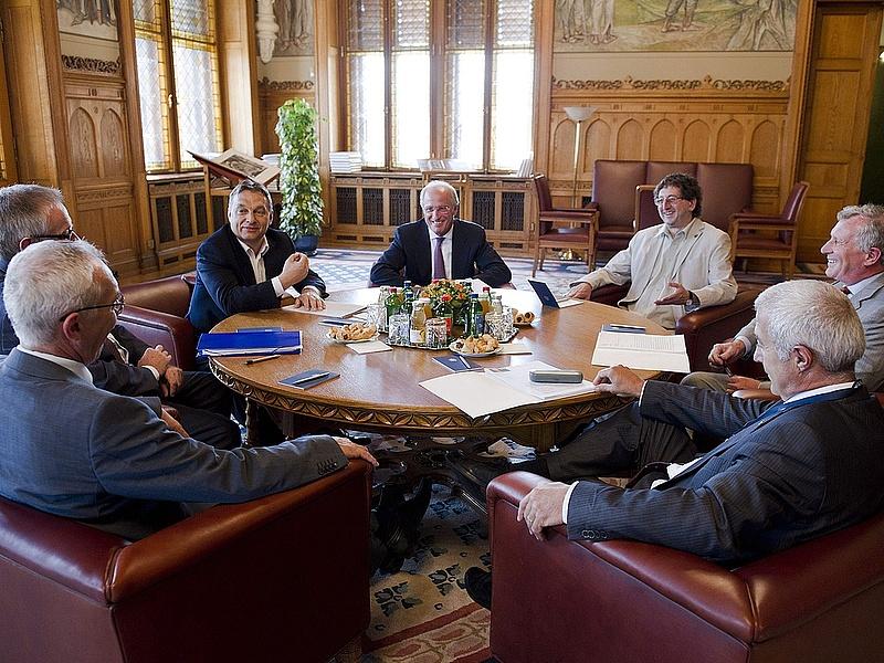 Orbán volt jegybankárokkal egyeztetett