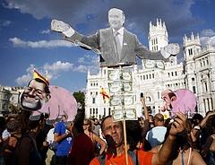 Spanyolország a szakadék szélén