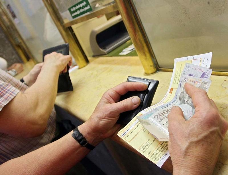 Kihirdették a tranzakciós illetékről szóló törvényt