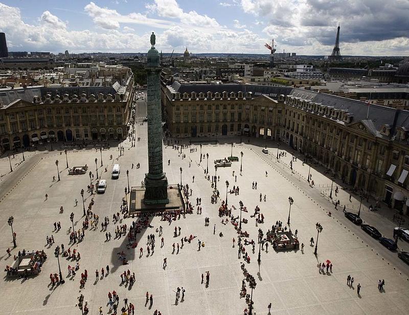 Párizs nem tett le arról, hogy hadihajókat adjon el Moszkvának