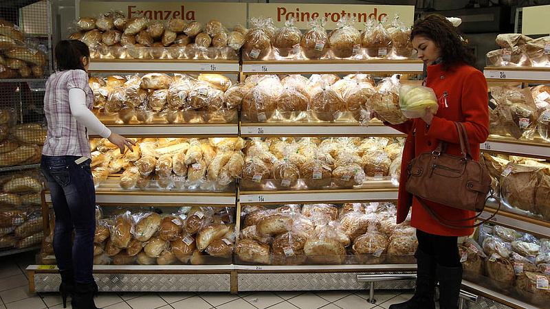Mélypontra süllyedt a román infláció