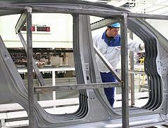 Újraindul a Suzuki-gyár