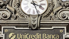 Bedőlt hiteleket adott el az UniCredit