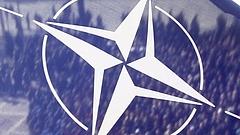 A NATO belekezd Ukrajna felfegyverzésébe
