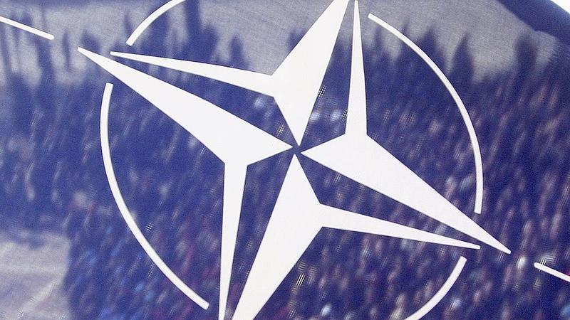 A macedónok is a NATO-ba tartanak