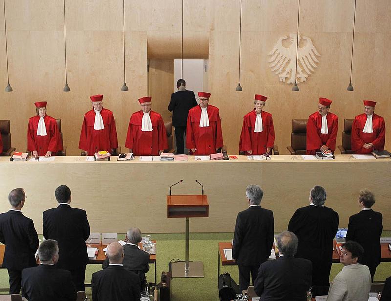 Iránymutató döntés hozott az alkotmánybíróság terrorügyben - Németországban