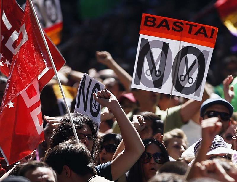 Elmarad a forradalom - jöhet a káosz?