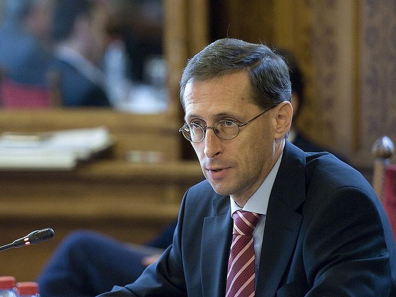 Varga Mihály az IMF-fel tárgyalt