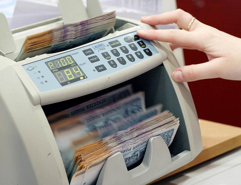 Hamis pénzek: printerrel, fénymásolóval próbálkoznak a legtöbben