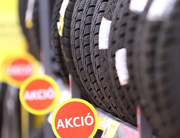 Egyre népszerűbbek a négyévszakos gumiabroncsok az autósok körében