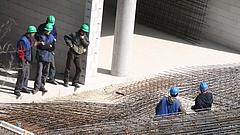 Építőipari munkát keres? Könnyen emberkereskedők markába kerülhet