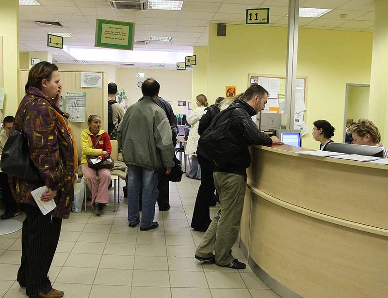 Hamarosan bezárhatnak a munkaügyi központok?