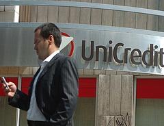 Nagy változás az UniCredit banknál