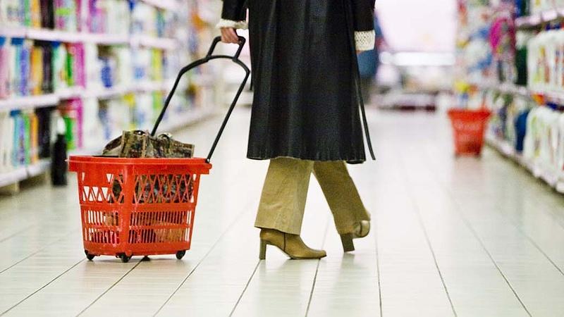 Nőhet az EU-ban a bolti kiskereskedelem az idén