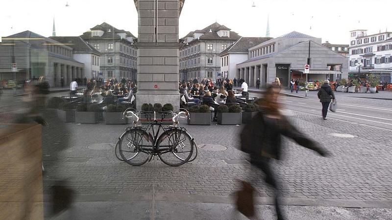 Fontos népszavazást tartanak Svájcban a bankokról