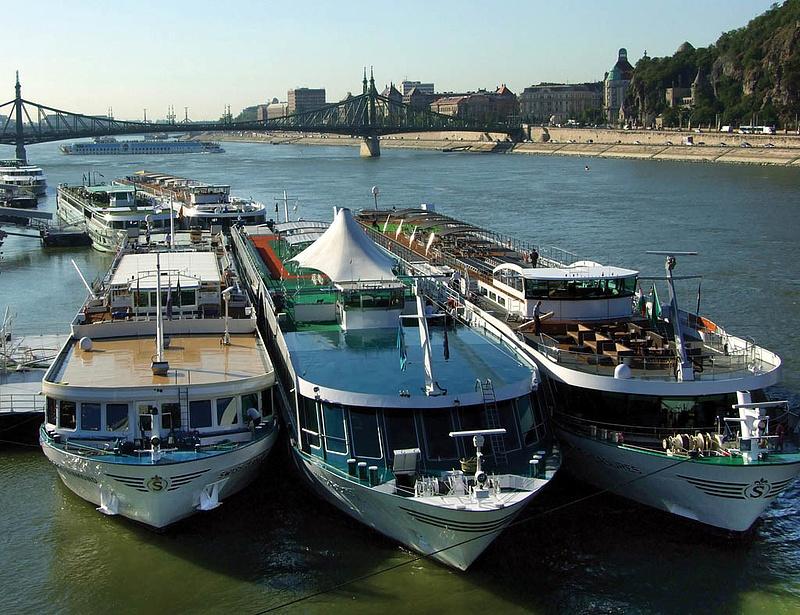 Új kikötő épül a Budapesten