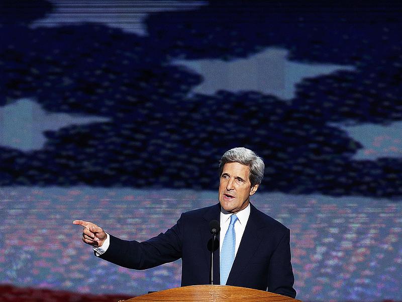 Kínos baki - Kerry a vitorlásán volt az egyiptomi hatalomátvétel idején