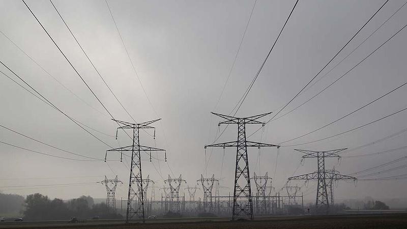 Több mint egymilliárd forintból fejleszti áram- és gázhálózatát az E.On Zalában