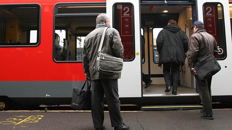 Változik a vasúti jegyek értékesítése