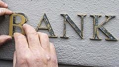 Jelentős változás jön a bankolásban - Erre figyel a NAV