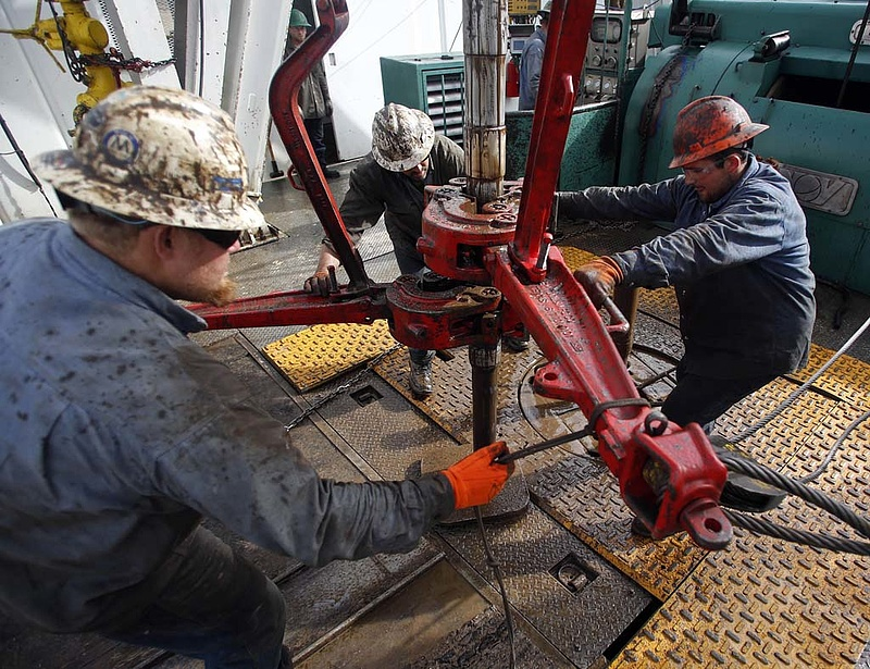Óriási magyar olajmezőt találtak, de titkolják