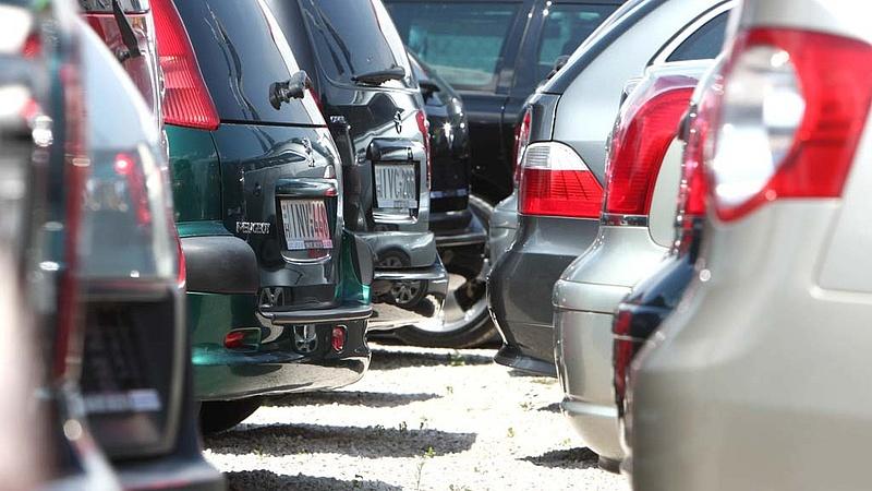 Azt állította ő a legnagyobb - bírságolták az autókereskedőt