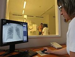 Egészségügyi fejlesztéseket kap Pest megye