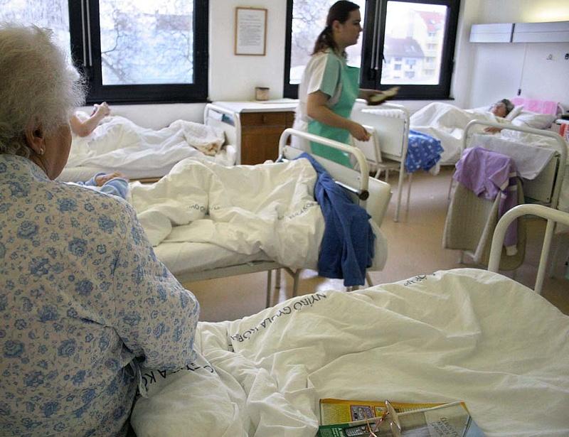 Rossz hír jött a magyar kórházakból - újra nőnek a tartozások