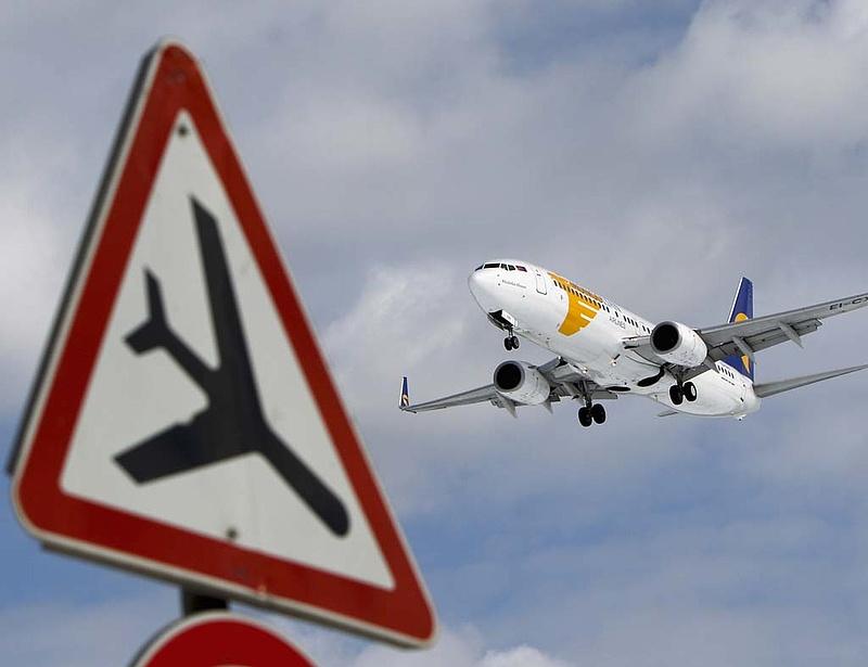 Egyszerű trükkel játszották ki a frankfurti repülőtér biztonsági rendszerét