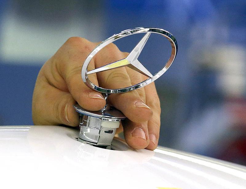 Meglepetés Kecskeméten - mégsem bővít a Mercedes?