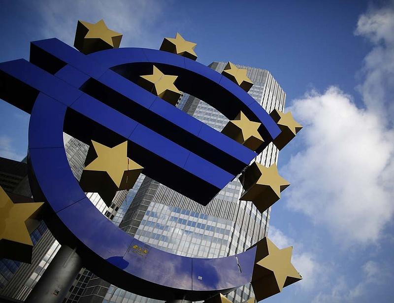 Nem változtatott az ECB