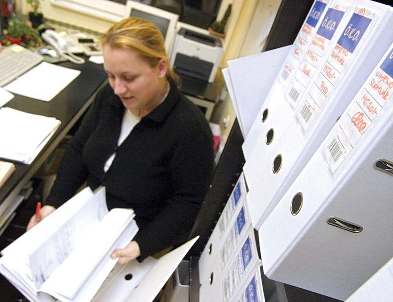 Termelő vállalatoknak is kötelező lesz jelenteni a határidős és opciós ügyeleteket