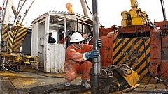 Csökken az orosz kőolaj exportvámja augusztustól