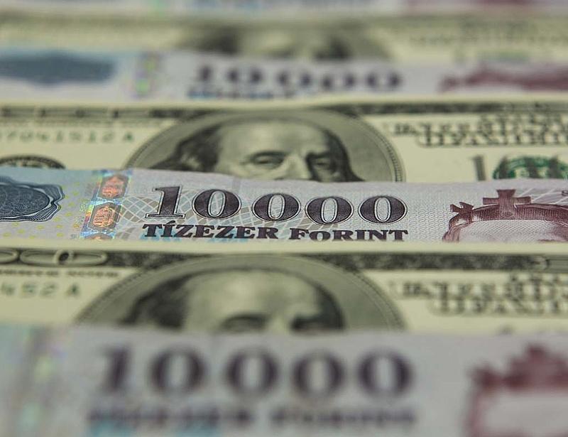 Óriási adósságot vett fel ma a magyar állam