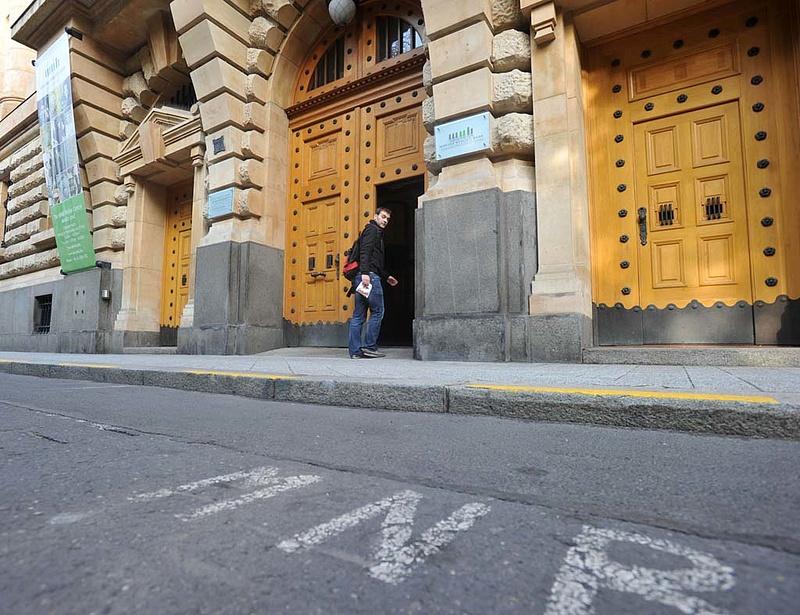 Külföldi iroda híján a Szabadság téren dolgoznak Matolcsy új emberei