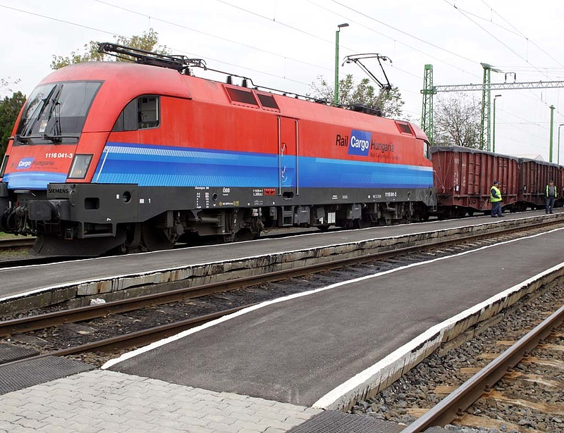 Megújították a Rail Cargo Hungaria vasútbiztonsági tanúsítványát