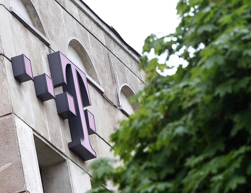 Zárás után jött a rossz hír a Telekom-részvényeseknek