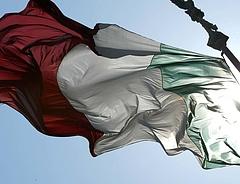Felfüggesztették az olasz ingatlanadót