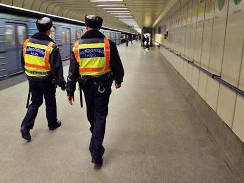 Rendőri akció indult ma hajnalban