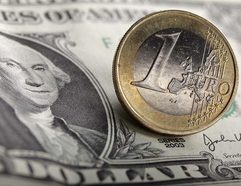 Veszedelmes szintre erősödik az euró
