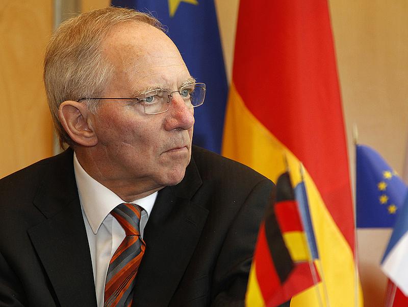 Schäuble: Csak a véletlen mentette meg Görögországot