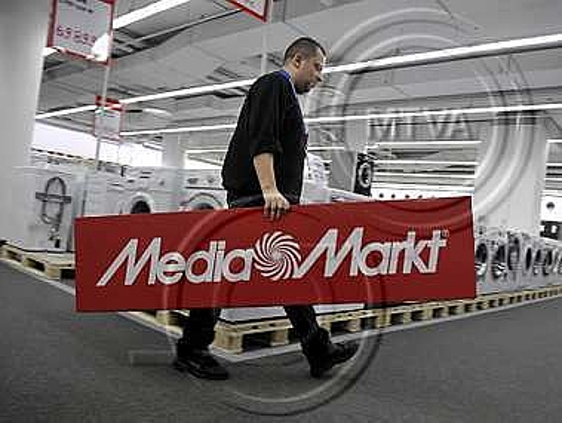 Meghalt a Media Markt alapítója