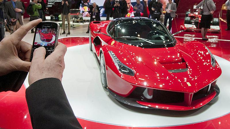 Csökkent a Ferrari profitja