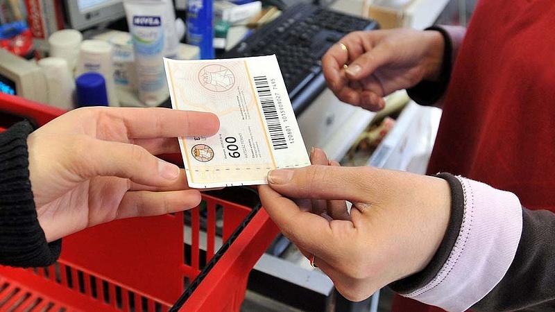 """Idén jöhet a nyugdíjasok \""""rohama\"""" a magyar boltokban"""